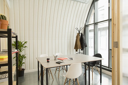 Hotel Elephant - Office 2