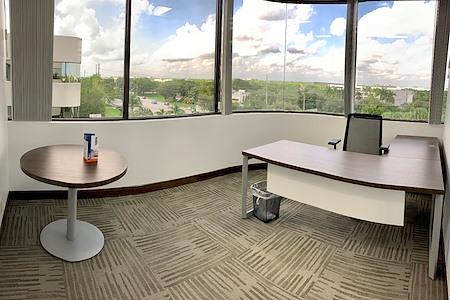 Cosuite - Premium Corner Executive Suite