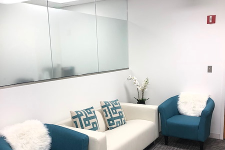 Oasis Office Columbia - Office - Century