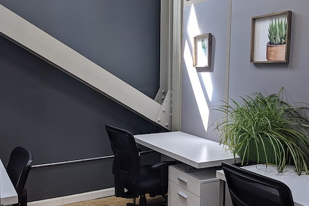 Ugather Cowork - Private Office for 1-3