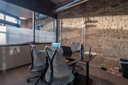 DeskLabs - 4-6 Person Office