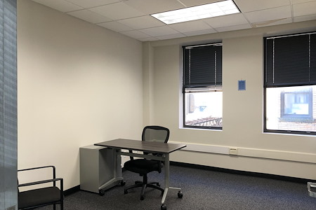 BusinessWise @ 4 Smithfield Street - Private Office 11H