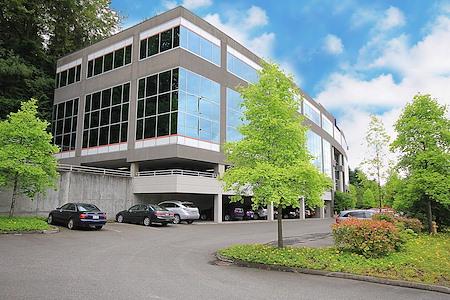 (BEL) Eastside Office Center - Interior Office