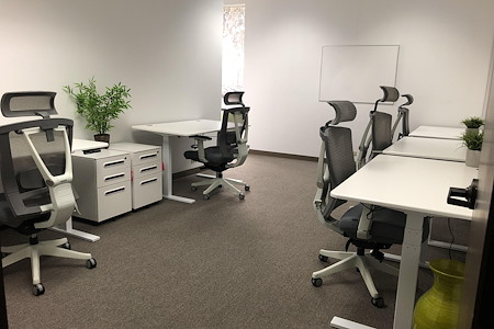 Innerstate - 5-6 person team office