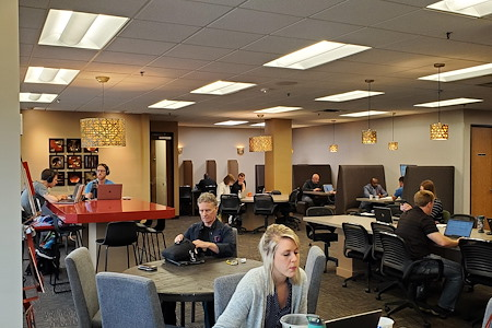 Park OffiCenter - CoWorking Day Pass