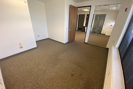 2Morrow Rentals - Private Office 7