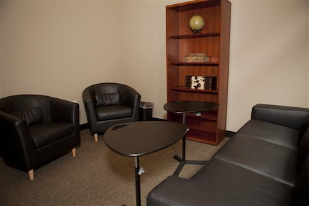 Cowork Suites - Private Collaboration Lounge