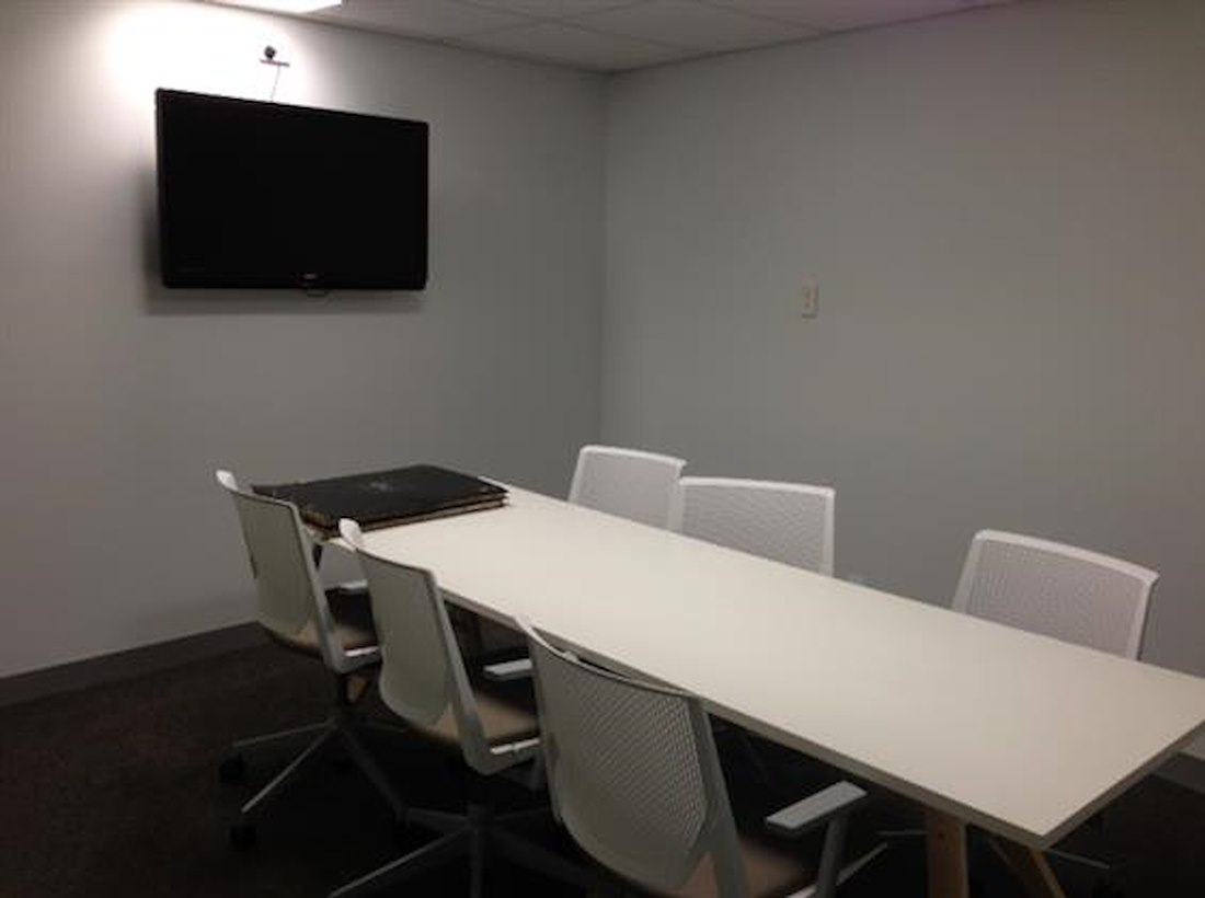 Private Meeting Room For At Casuarina Square Meeting Rooms - Square conference room table