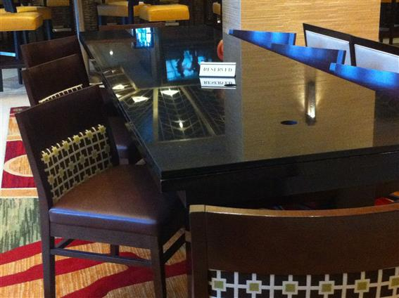 Hotel Lobby For 8 At Chicago Marriott Suites O Hare Liquidspace