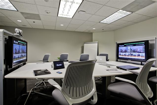 Executive Workspace - Spectrum - Rembrandt Studio