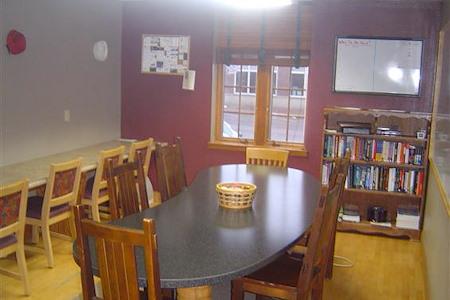 Pella Office Space