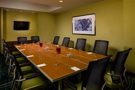 SpringHill Suites by Marriott New York LGA Airport - Venture Room