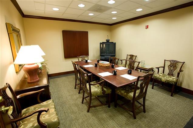 Business Center International - Medium Conference Room