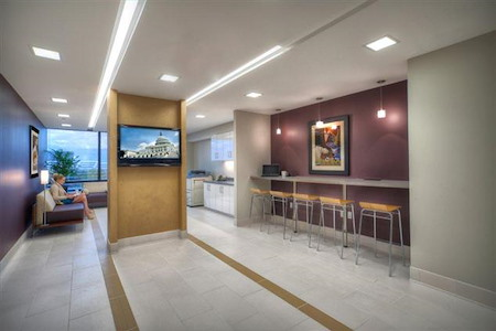 Metro Offices - Dulles/Herndon - Metro Member Lounge