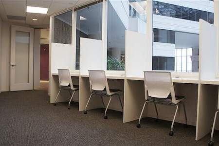 AdvantEdge Workspaces - Chevy Chase, DC Center - Co-Working Desk