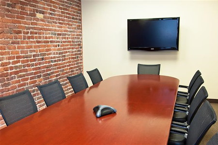 ReadiSuite - Veronica Building - 4th FL - Executive Boardroom