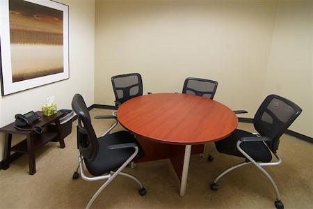 Pacific Workplaces - Watt - Tahoe Meeting Room