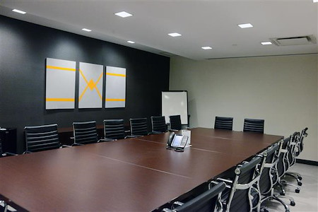 Virgo Business Centers Midtown East - Midtown East Conference Room C