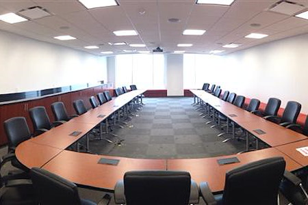 Office Space & Solutions Norfolk - Wells Fargo Board Room