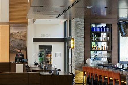 San Diego Marriott La Jolla - Great Room Communal Table