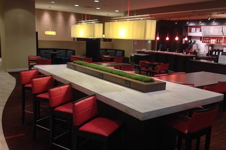 Courtyard Charlotte City Center - Communal Table